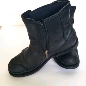 Harley Davidson motor cycle boots black leather